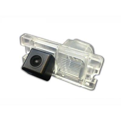 Камера заднего вида Мицубиси Л200 с динамической разметкой (2015 - 2021)